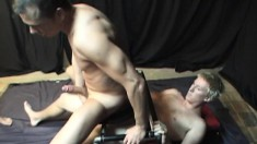 Bareback lovers set up a gay threesome to fulfill their anal desires